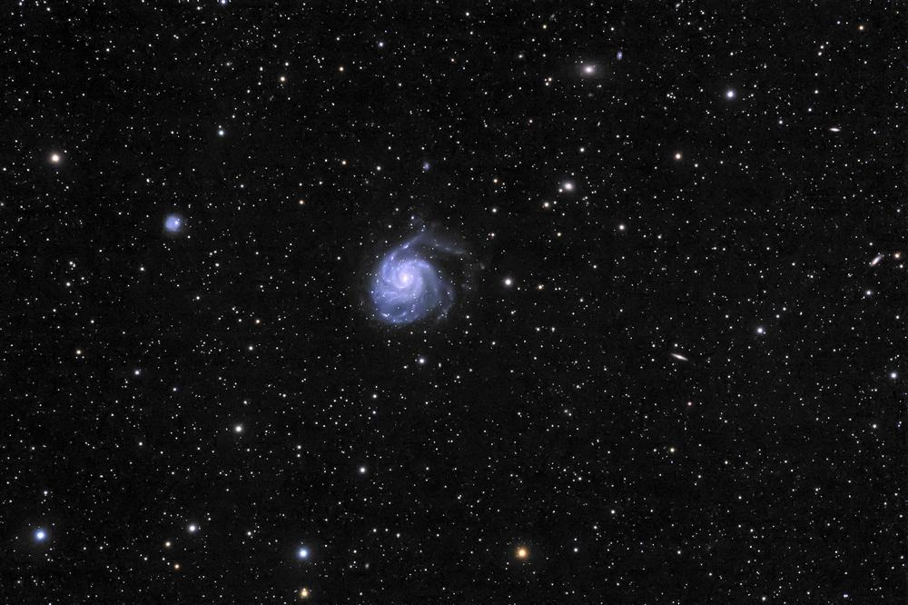 M101-2.jpg